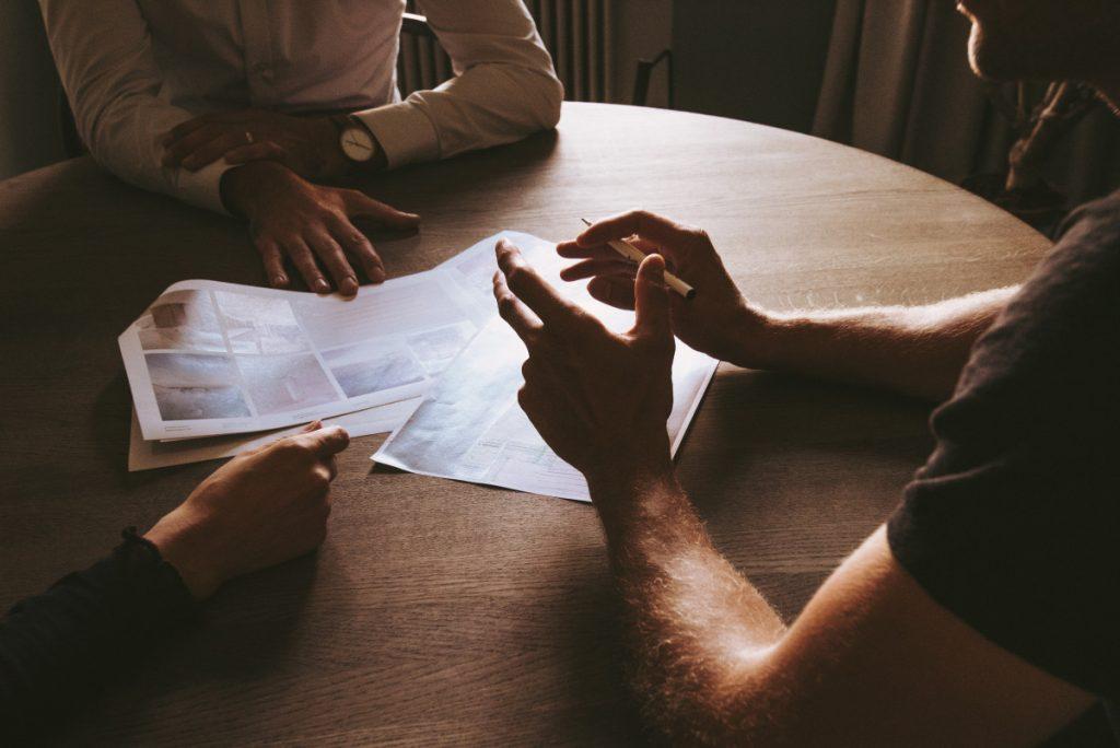 Disadvantages When Investors Don't Hire Buyer's Agent